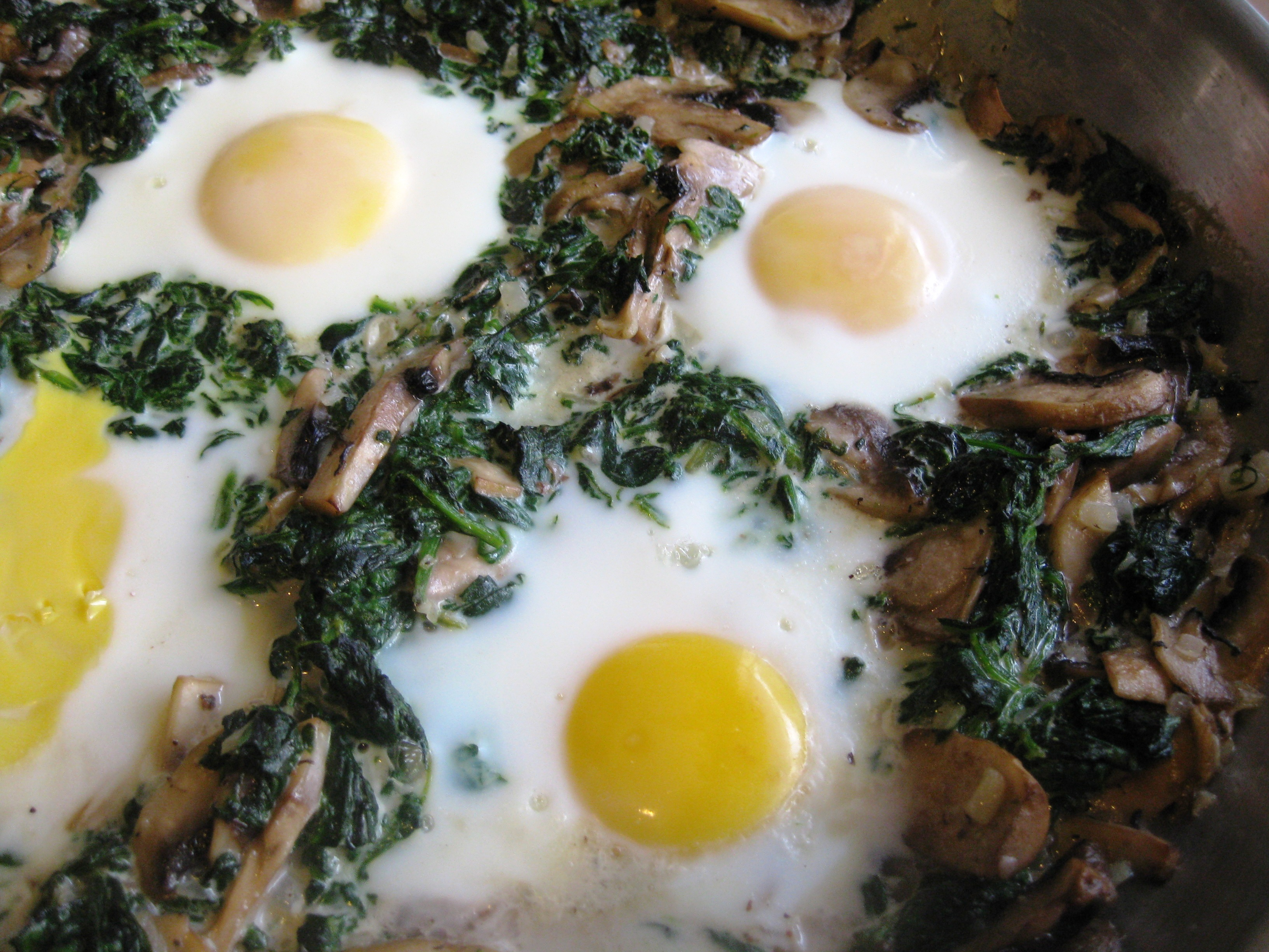 baked eggs with spinach and mushrooms pages pucks and pantry
