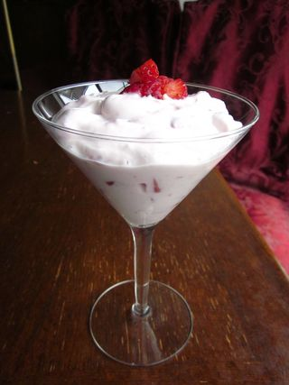 Strawberry Breakfast Yogurt_2