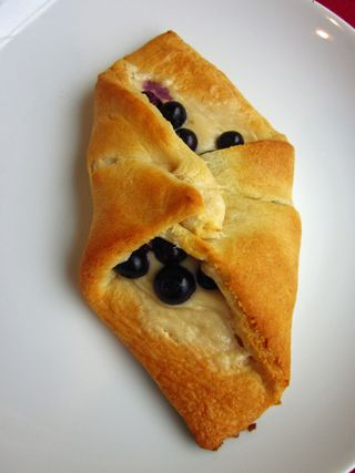 Blueberry Cheese Rolls_1