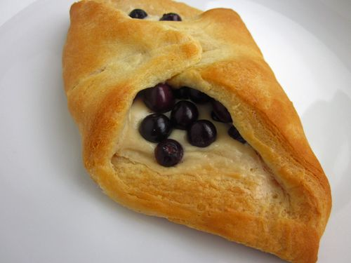 Blueberry Cheese Rolls_2