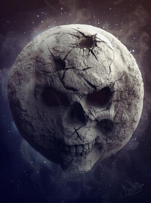 18-Skull Moon
